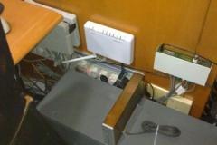 recolocar_los_cables_de_las_mesas_20101114_1720308566