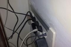 recolocar_los_cables_de_las_mesas_20101114_1827521008